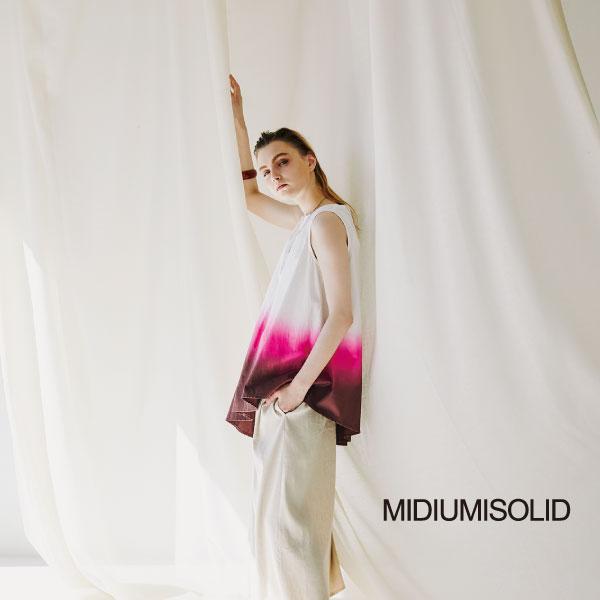 「MIDIUMISOLID SPRING SUMMER COLLECTION santorini」の写真